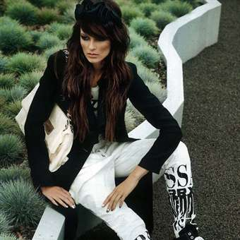 ELLE POLAND 12/2011 - Balck and White chic