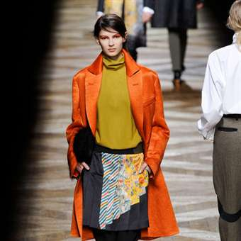 DRIES VAN NOTEN - Emilia Nawarecka